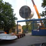 Если ширина ворот 5м а диаметр емкости 5,2м поможет кран