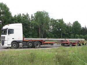 Перевозка бетонных опор для ЛЭП длиной 16,5м